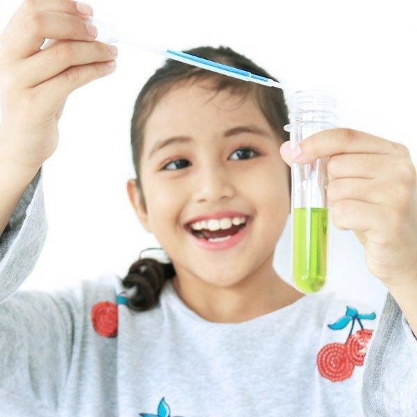 Color Mixing Experiments For Preschoolers | ALFAandFriends