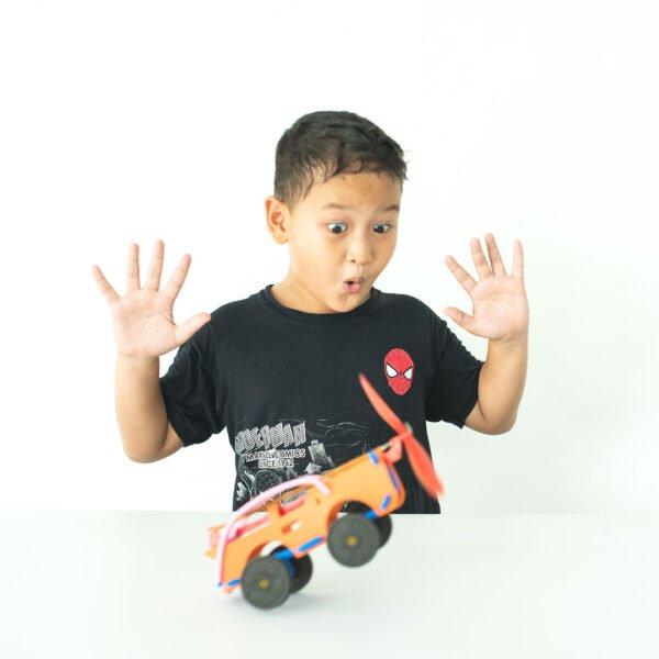 STEM Kit Experiment For Kids At Home | Kit #35