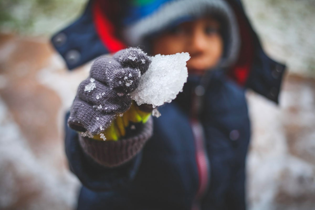10 Super Fun Science Experiment Using Ice That Will Wow Your Kids