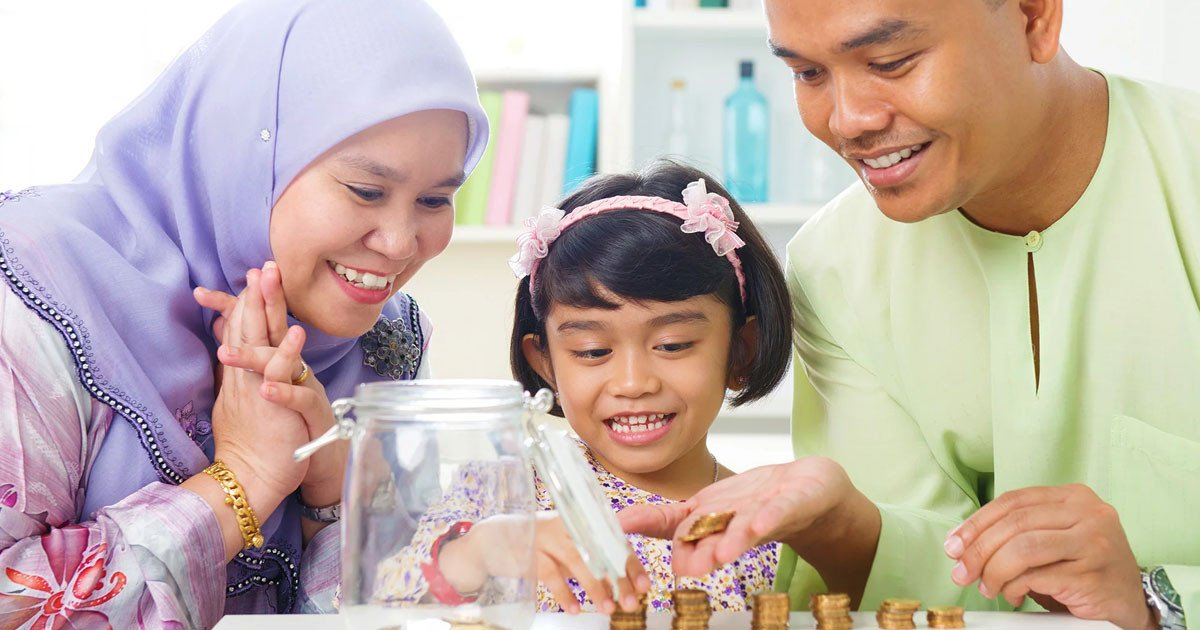 How 'Duit Raya' Makes Your Toddler Money-Smart